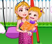 Малышка Хейзел в роли цветочницы на свадьбе