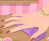 Идеальный маникюр для красивых ручек Барби