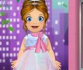 Малышка Эмма будет подружкой невесты