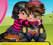 Детские поцелуи в парке