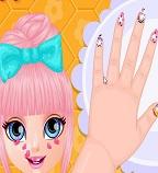 Маникюр для дочки Барби
