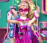 Лечим супер героя Барби