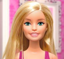 Тайная жизнь куклы Барби