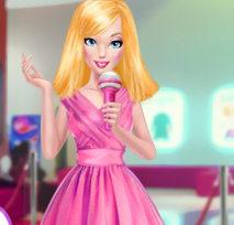 Профессия: Барби репортер