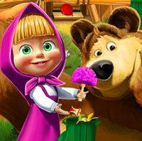 Маша и Медведь наводят порядок дома