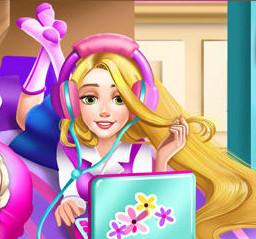 Принцессы Диснея в общежитие колледжа