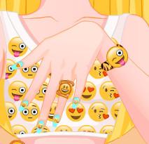Барби: Дизайн ногтей со смайликами