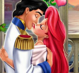 Поцелуй русалки Ариэль и принца Эрика