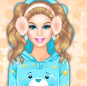 Зимняя пижамная вечеринка у Барби
