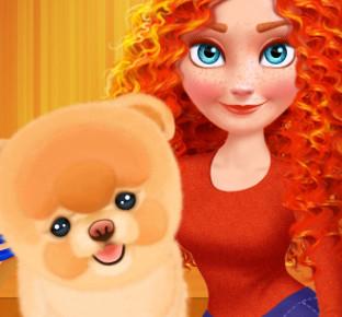 Принцесса Мерида ухаживает за щенком