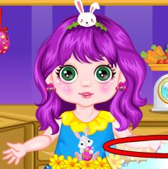 Крошка принцесса готовит пасхальные куличи