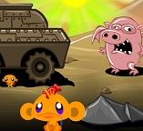 Грустная обезьянка и танк